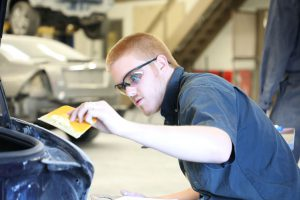 Auto-body class at the Career Center.