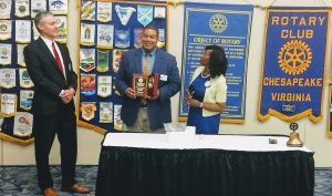 Al Alexander receives Rotary Educator of the Year Award.